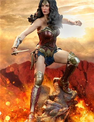 Sideshow Collectibles Wonder Woman Premium Format™ Figure Batman v Superman: Dawn of Justice