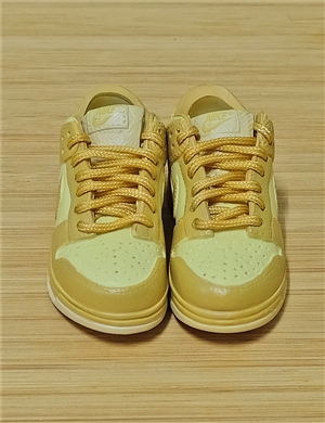 "1/6 Scale Sneakers Nike Air Jordan Shoes for 12"" figure with yellow color"
