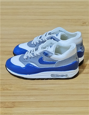 "1/6 Scale Sneakers Nike Air Jordan Shoes for 12"" figure with white and blue color"