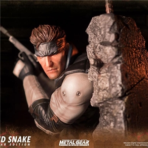 First 4 Figures Metal Gear Solid - Solid Snake statue.