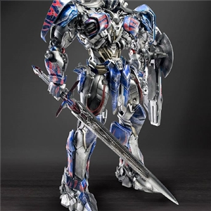 Optimus Prime Omni Class 1/22 Scale Update from Comicave Studios